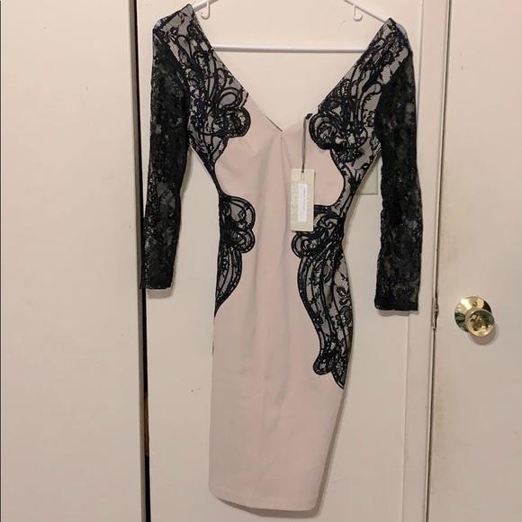NWT ASOS Lipsy Cream Midi Dress w/ Long Sleeve US2